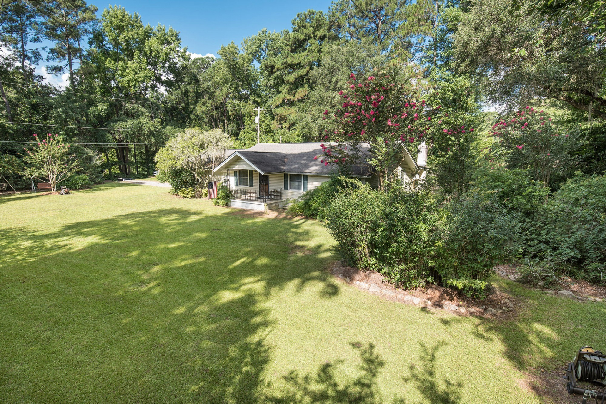 Whether you are looking for land in the heart of Savannah or investment opportunities, this is a rare find!